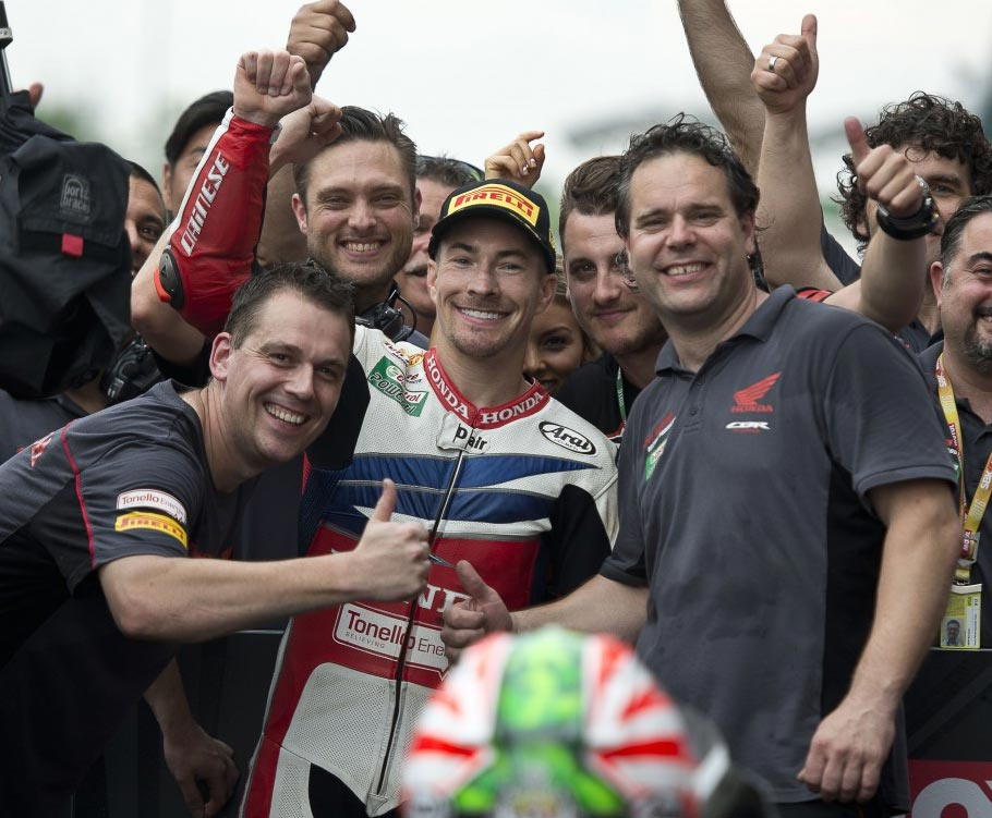 Nicky Hayden victorious in Sepang WorldSBK Race Two
