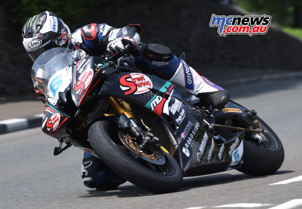 IOM TT 2016 - Supersport Race Two - Michael Dunlop (2nd)