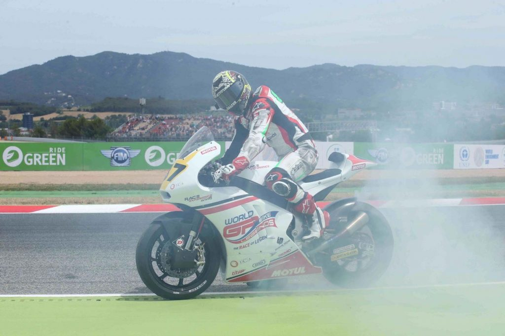 Remy Gardner victorious in FIM CEV Moto2 race at Catalunya