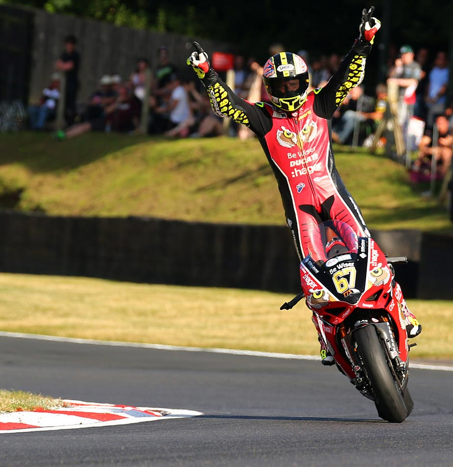 BSB 2016 - Brands Hatch - Shane Byrne winner