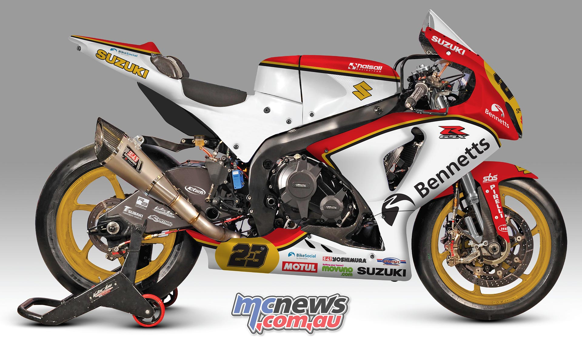 Barry Sheene inspired livery for the Bennetts Suzuki GSX-R1000 at Brands Hatch