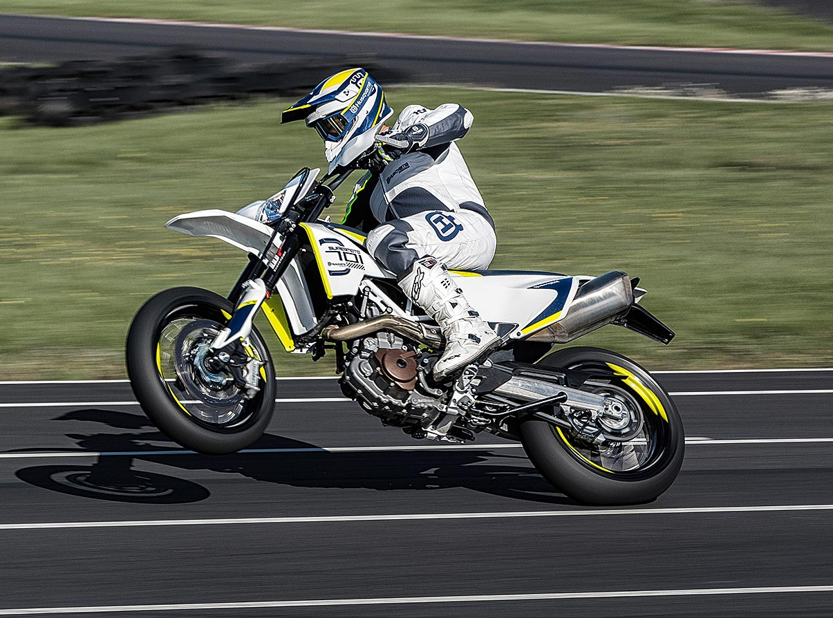 Husqvarna 701 Enduro >> 74hp for 2017 Husqvarna 701 Enduro and Supermoto | MCNews.com.au
