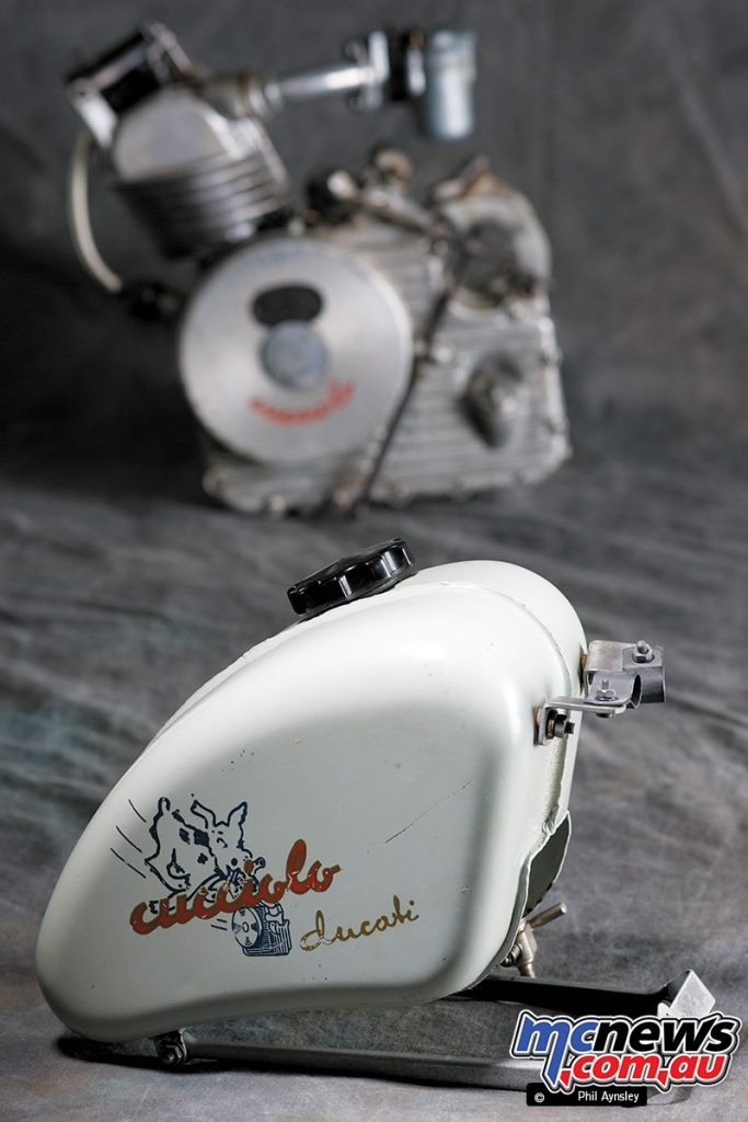 The small capacity Cucciolo T2 fuel tank to suit a bicycle.