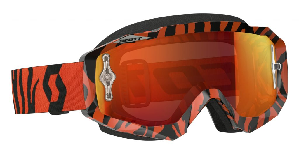 SCOTT Hustle Goggle with Chrome lens.