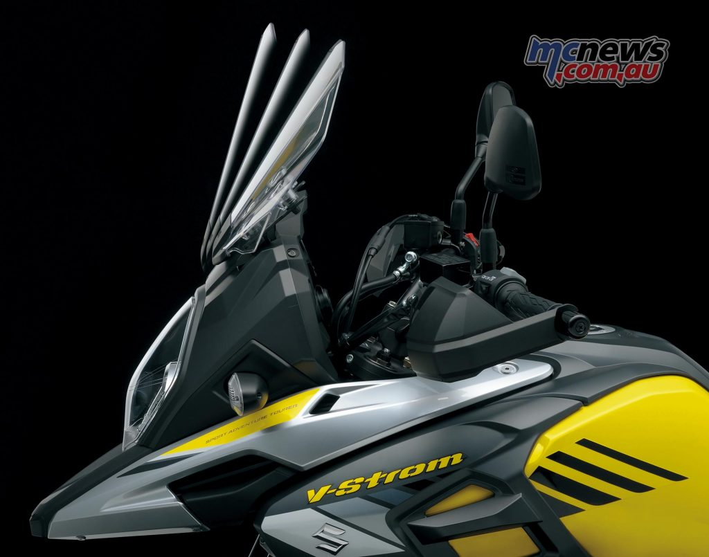 The V-Strom 1000's adjustable windscreen is now 49mm taller with three levels of adjustment for strong wind protection.