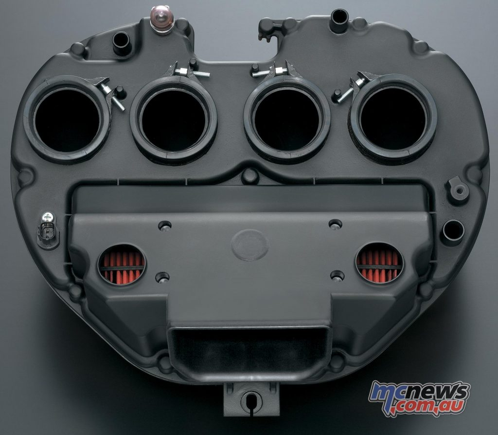 The airbox is specially designed to offer a great intake howl, with two sub-inlets and a larger main inlet