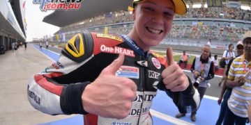 Broc Pearson thumbs up in India during the 2016 Asian Road Racing Championships