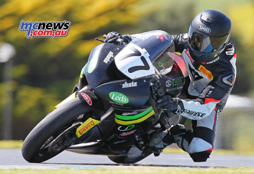 Tom Toparis steps up to the Supersport ranks - Image by Steve Duggan SDpics