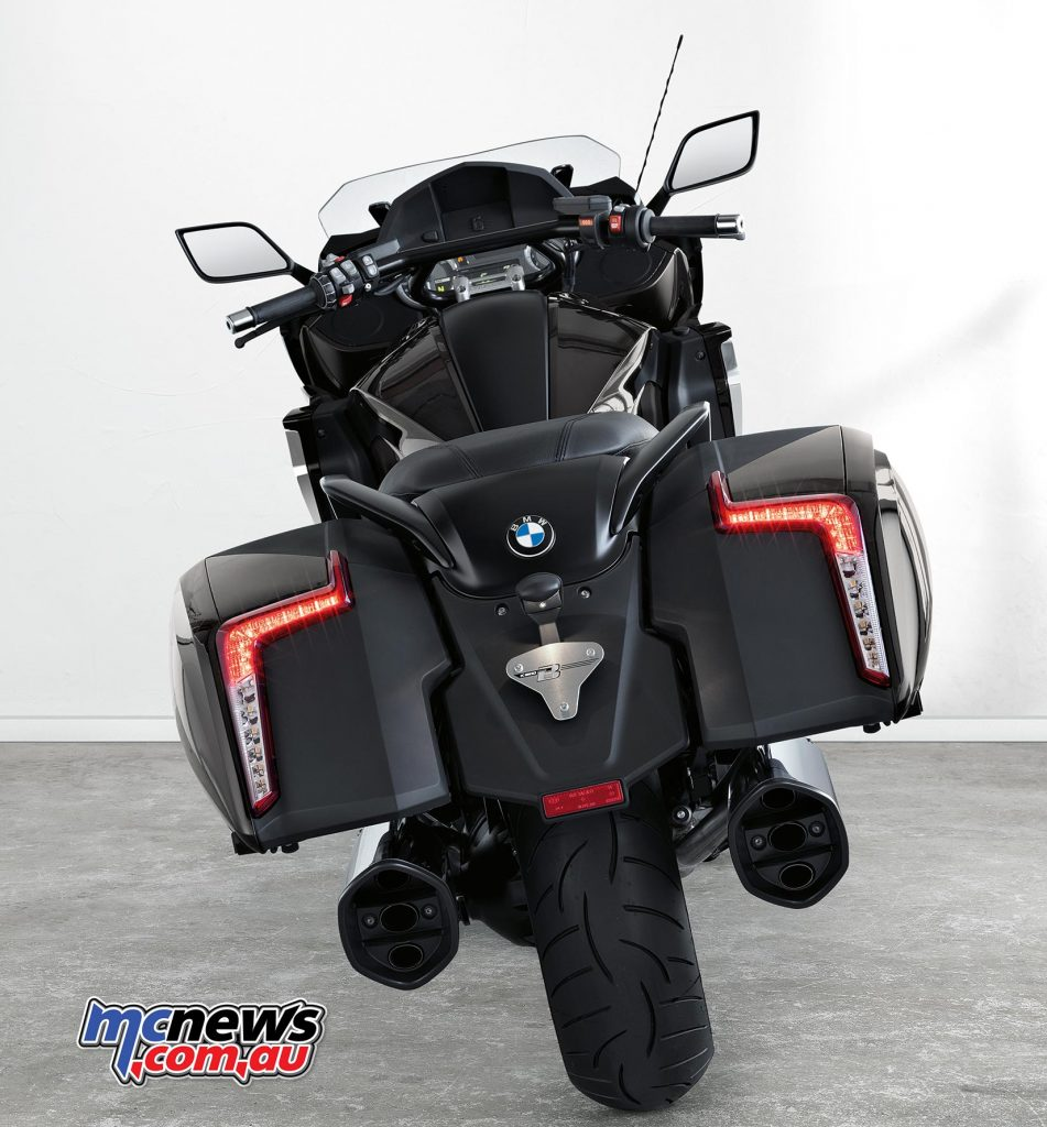 The 2017 BMW K 1600 B can be fitted with numerous accessories from the BMW range.