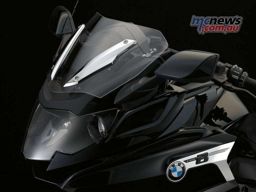 2017 BMW K 1600 B, with strong front protection