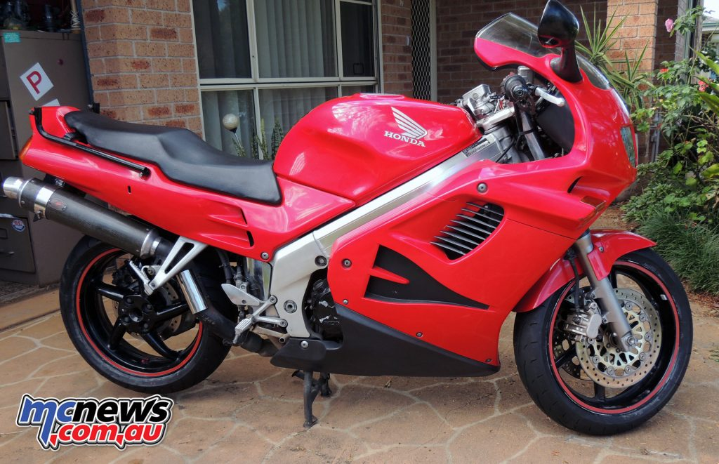 Phil's Honda VFR750 - a 'Very Fine Ride'