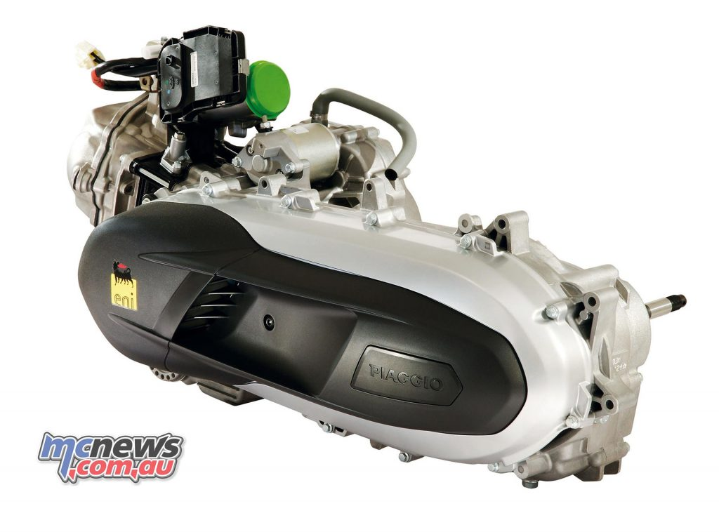 The 2017 Piaggio Beverly Sport Touring engine is a 330cc single-cylinder featuring an automatic multiplate wet clutch. All Beverly engines are now Euro 4 compliant.