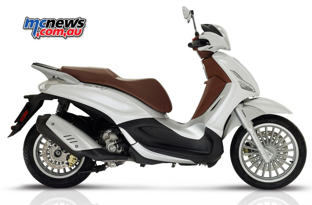 The Beverly range's base model - the Piaggio Beverly 300.