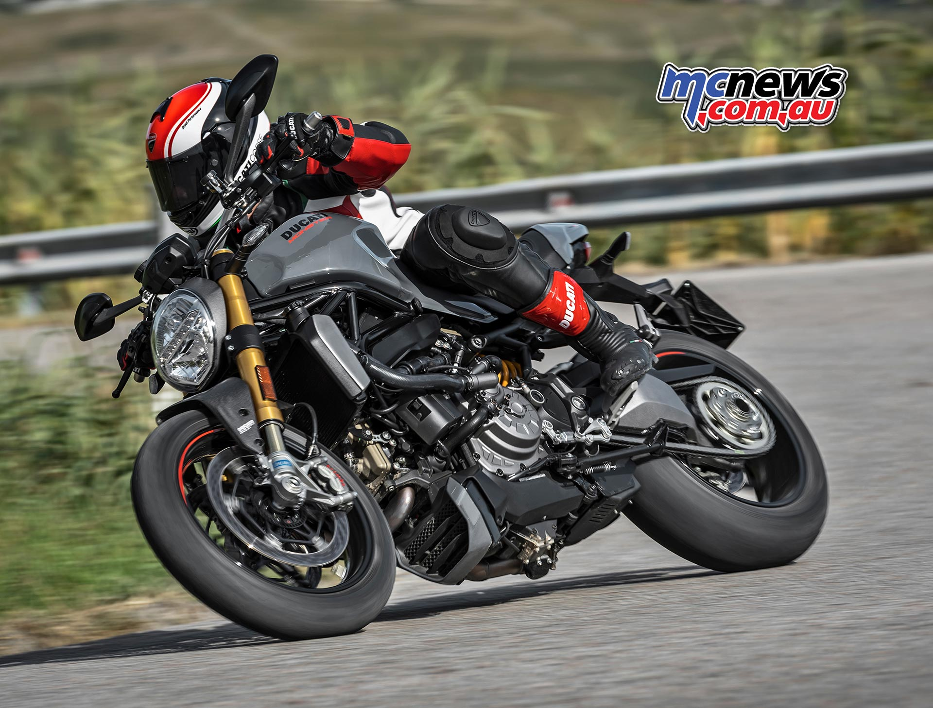 2017 Ducati Monster 1200 S Updated S2r 800 Wiring Diagram And With 150hp 1262nm Of Torque