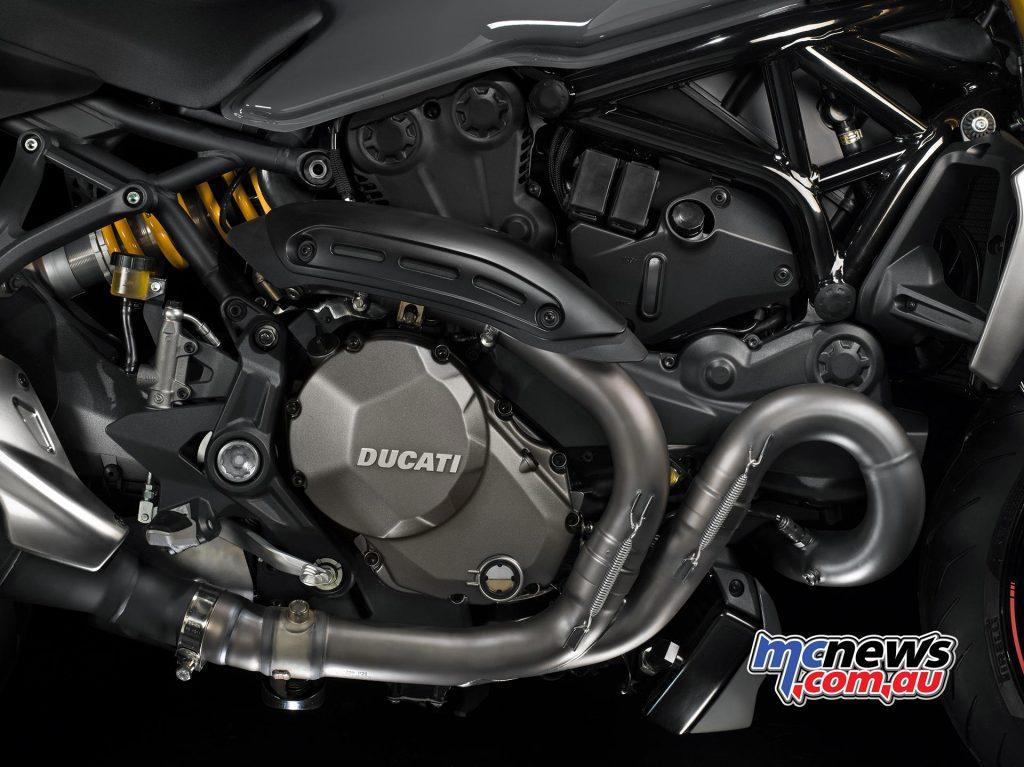 2017-ducati-monster-1200-s-10