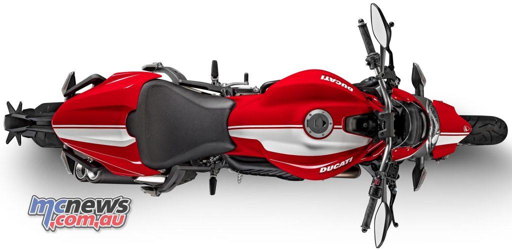 2017-ducati-monster-821-stripe-6