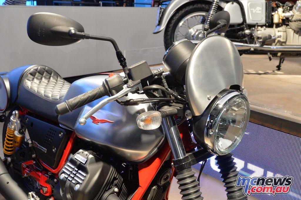 2017 Moto Guzzi V7 III Racer - EICMA 2016
