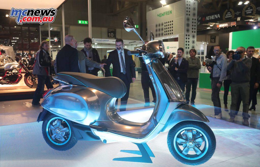 2017 Vespa Elettrica concept scooter - EICMA 2016