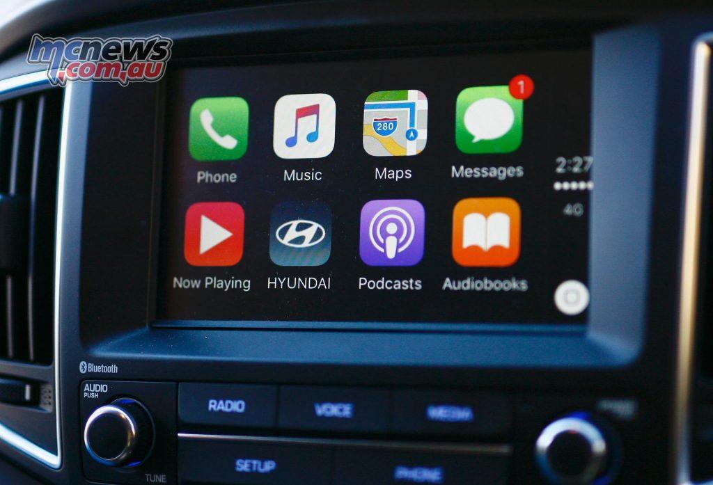Hyundai iLoad Apple Carplay