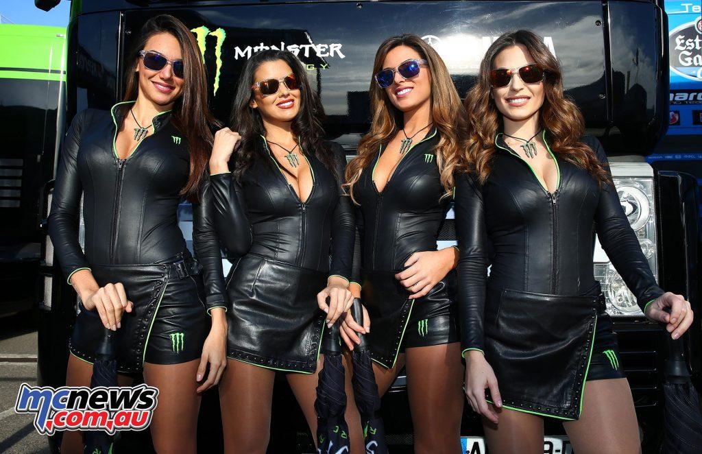 motogp-2016-rnd18-valencia-girls_16gp18_2571_an