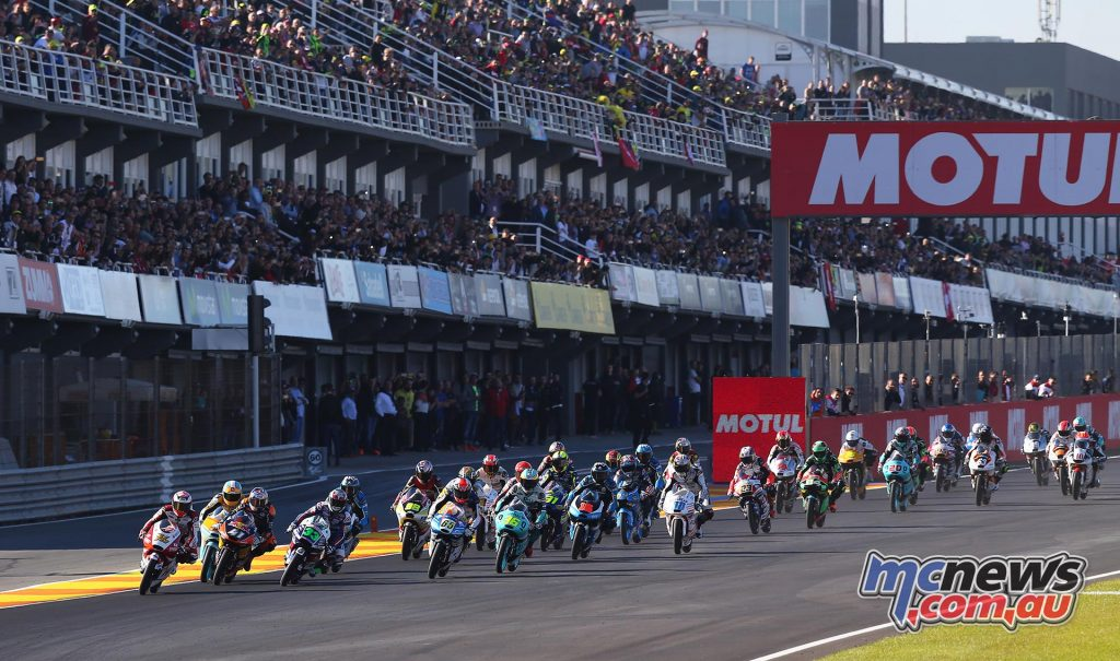 motogp-2016-rnd18-valencia-m3start_16gp18_2687_an