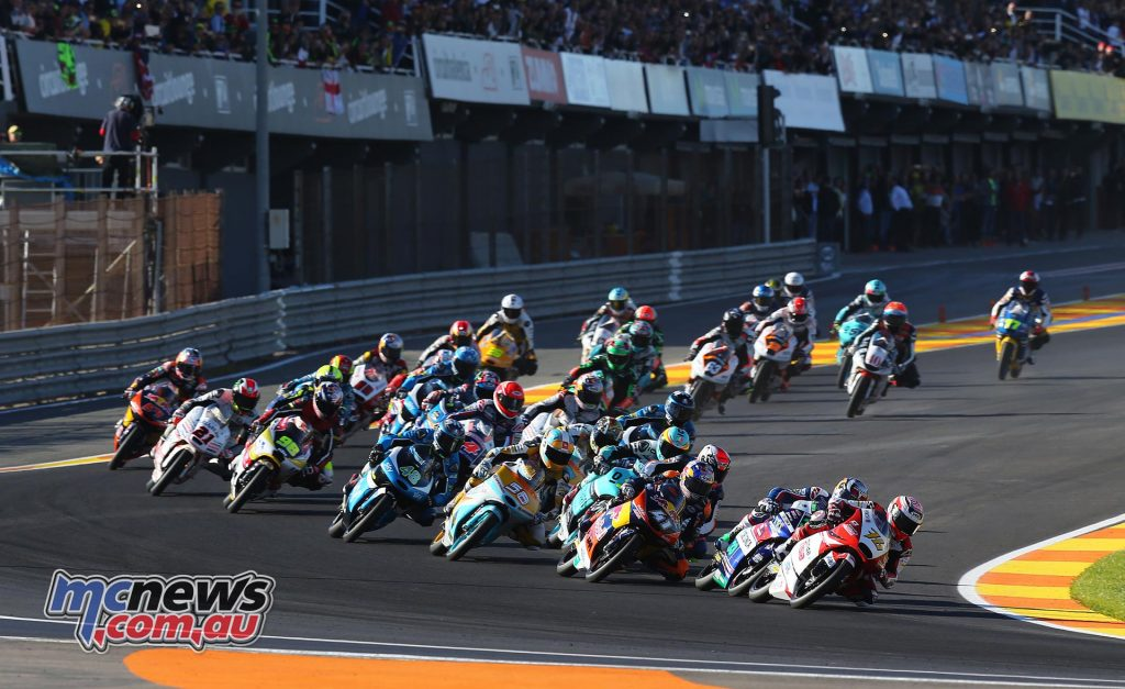 motogp-2016-rnd18-valencia-m3start_16gp18_2692_an