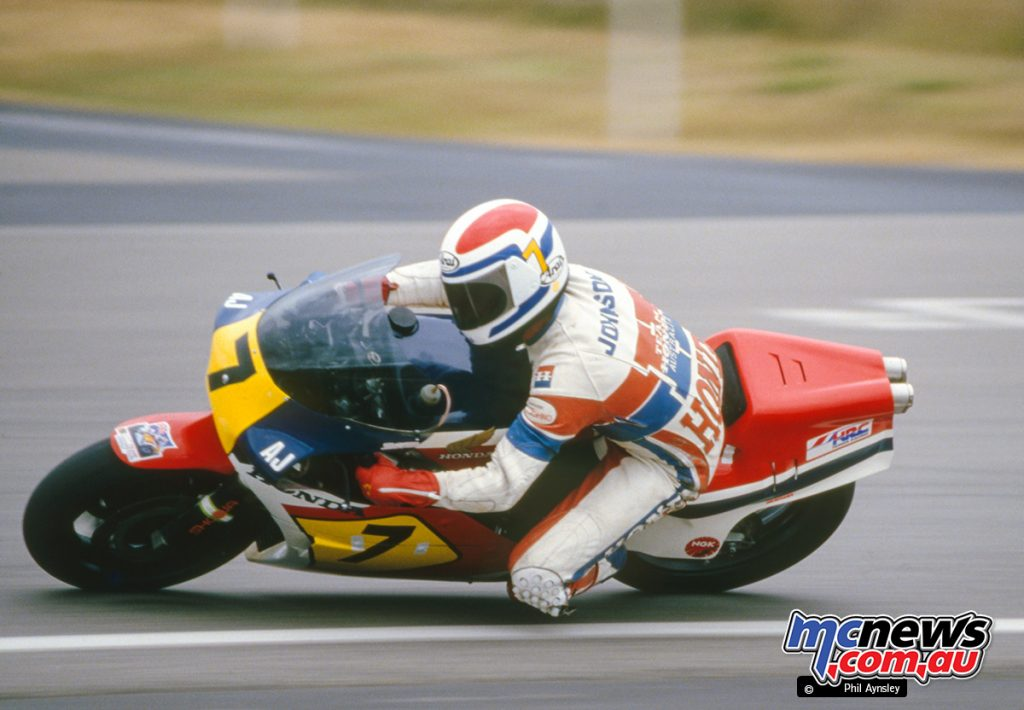 Bathurst 1983 - Andrew Johnson debuts the latest in GP machinery at Bathurst - the Honda RS500.