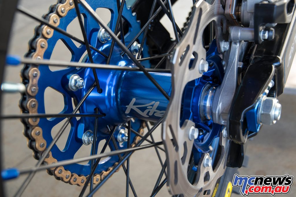 CR22 Reed Tribute YZ250 - Kite Wheels