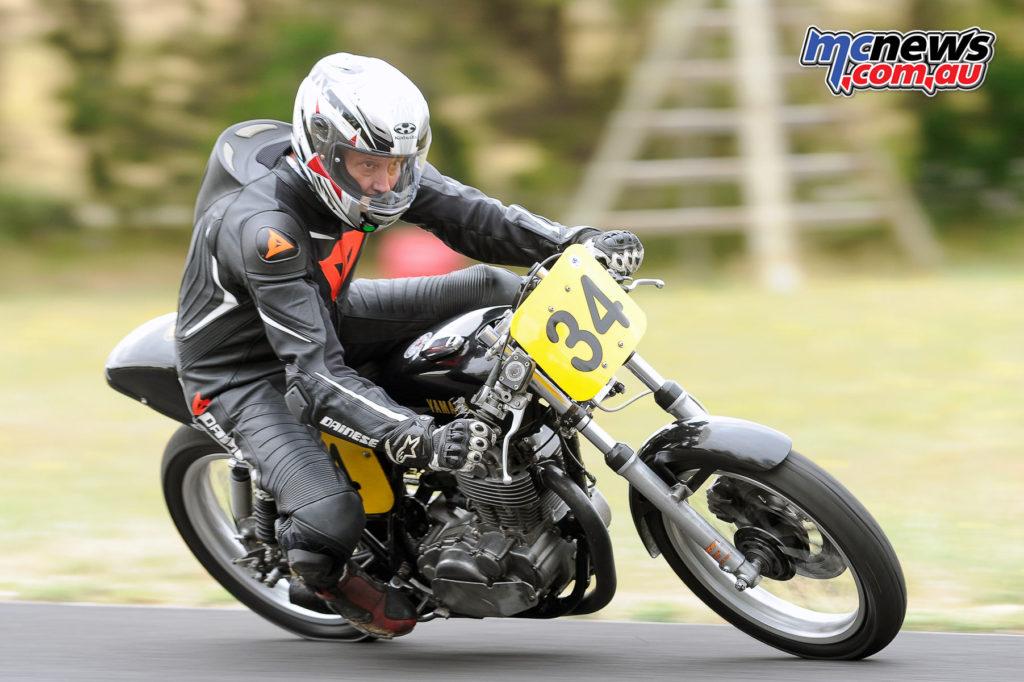 2016 South Australian Historic Road Racing Championship - Mac Park - Chris Hayward, Yamaha SR500