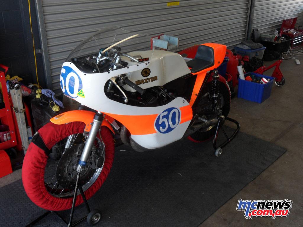 Glenn Hindle's 350, ex-Boulden