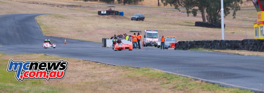 2017 Hartwell Championship - Rnd 1 - Sidecars - Duncan Rogers/Rod Bell take chequered flag from Justin/Melissa Foot - Image: Cameron White