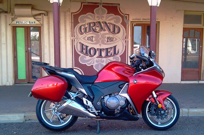 Riding Around Australia - The Grand Hotel