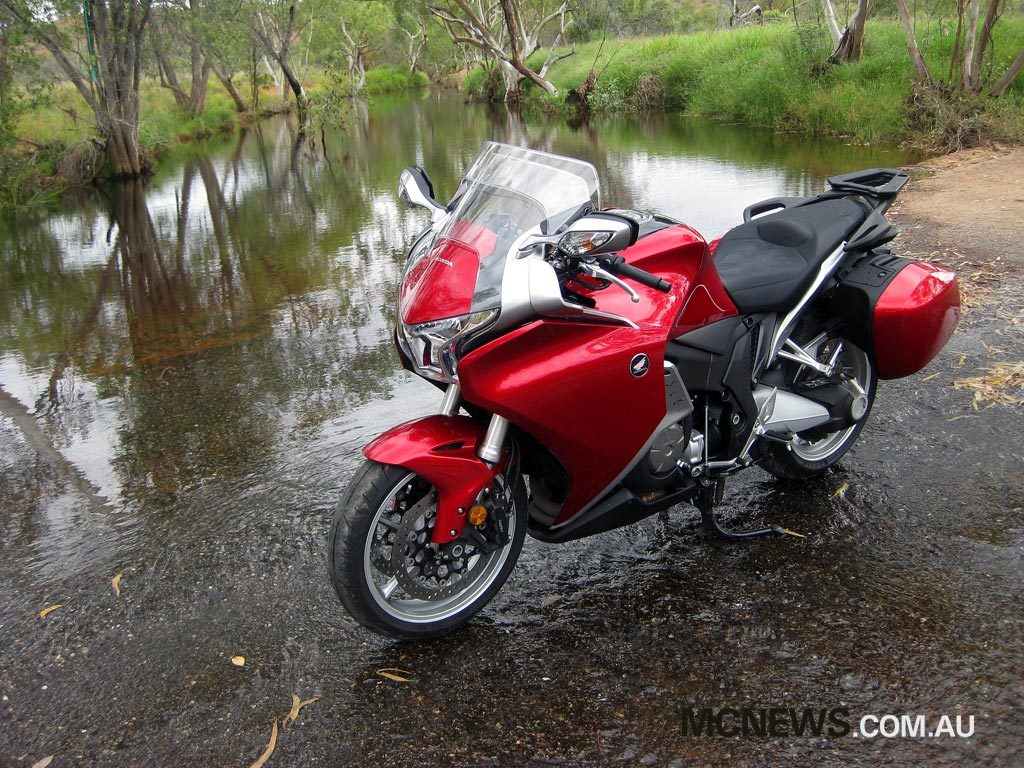 Riding Around Australia - North West Queensland was seeing plenty of rain