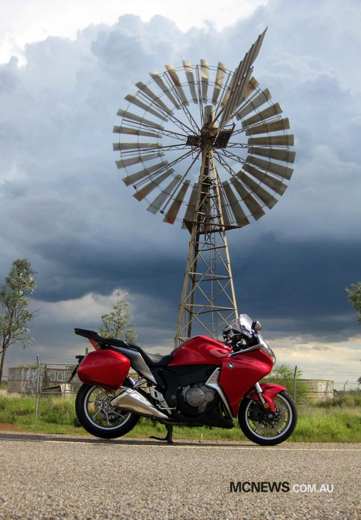 Riding Around Australia - North West Queensland with foreboding clouds rolling in