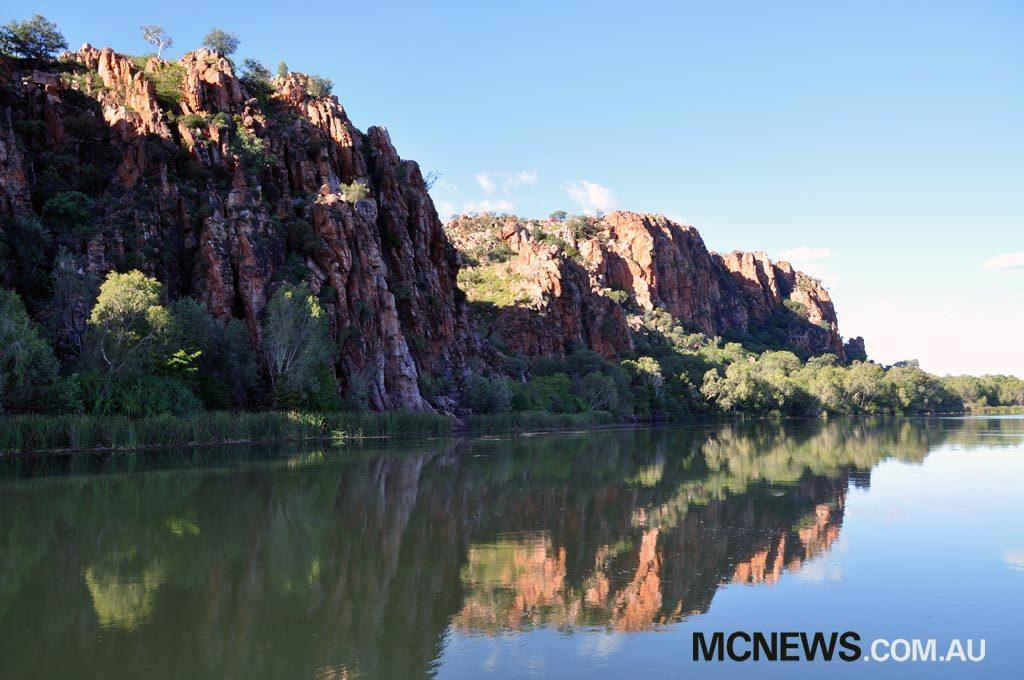 Riding Around Australia - Amazing scenery
