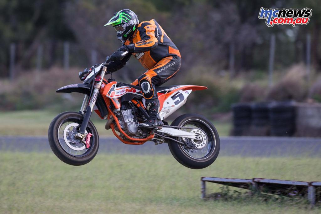Supermoto Morgan Park Raceway 2015 - Image: Andrew Gosling TPG Photography