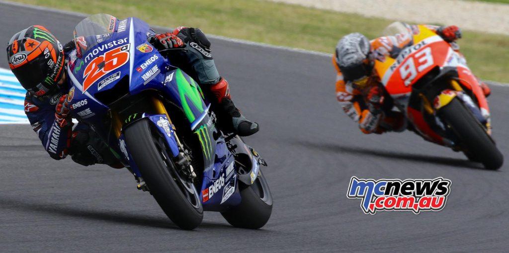 Marc Marquez chases Maverick Vinales at Phillip Island during pre-season testing