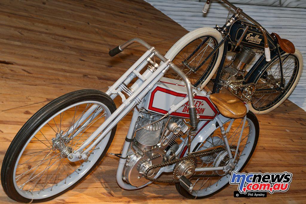 Barber Vintage Motorsport Museum - Early American motorcycles - Harley-Davidson and Emblem - Image: Phil Aynsley
