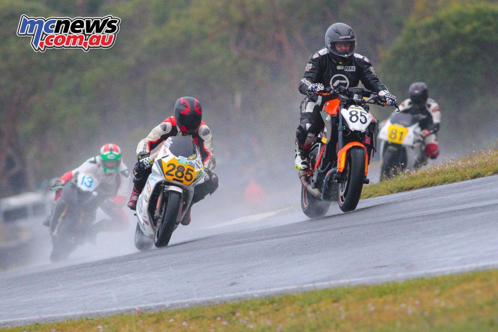 2017 Hartwell MCC - Round 2 - Mac Park - Thunderbikes - Fergus Gibson, Glenn Kettle, Adam Anderson, Adam Stockdale