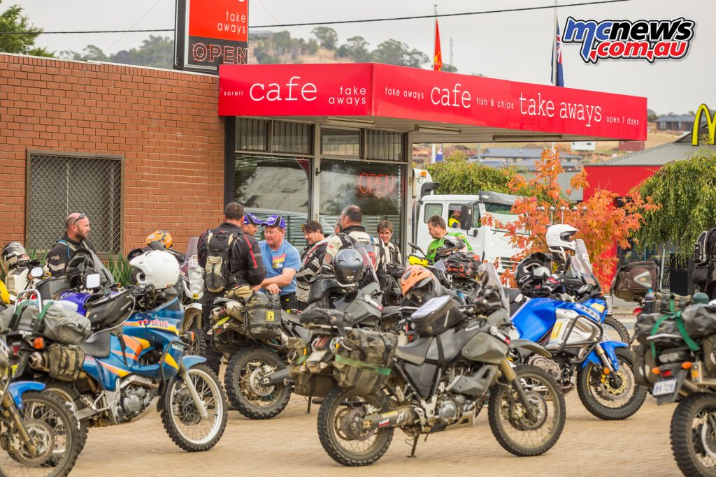 2017 Tenere Tragics Run - Tasmania - Stopping for refreshment