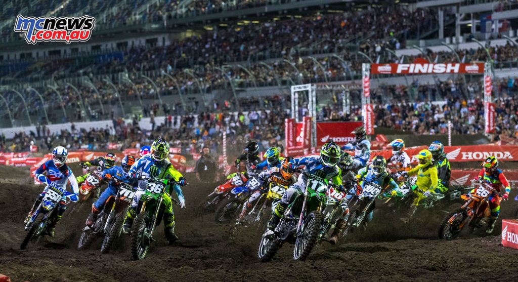 AMA SX - Daytona, Rnd 10 - Joey Savatgy takes the holeshot