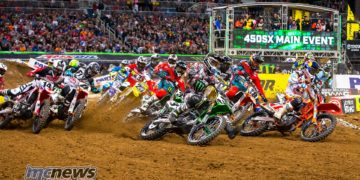 Monster Energy Supercross - The Dome at America's Center - St. Louis - April 1, 2017