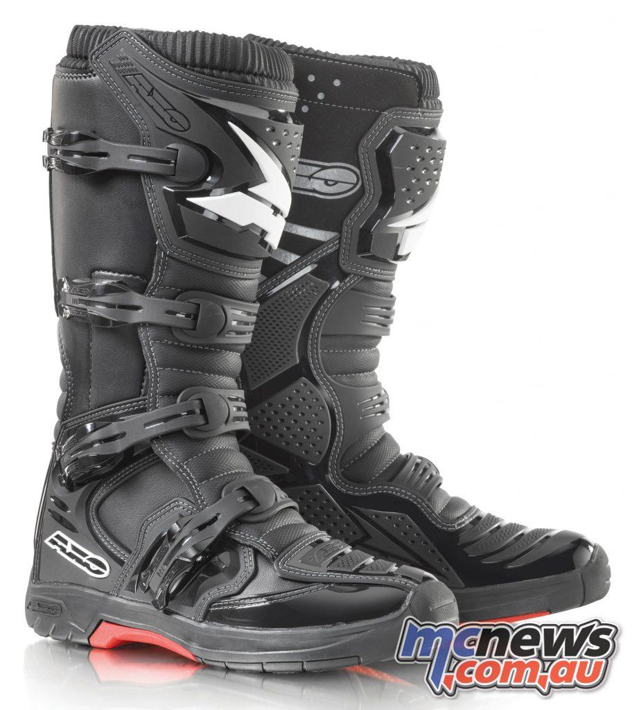 AXO MX One boots - Black