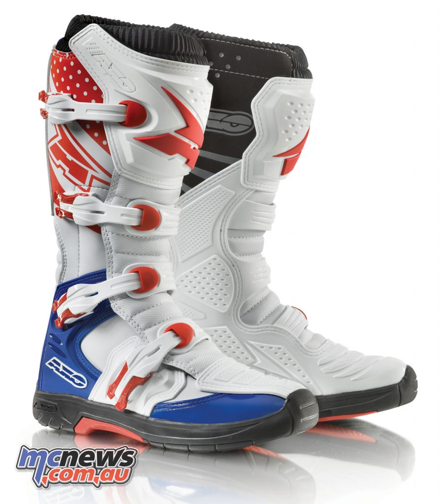AXO MX One boots - White/Blue/Red