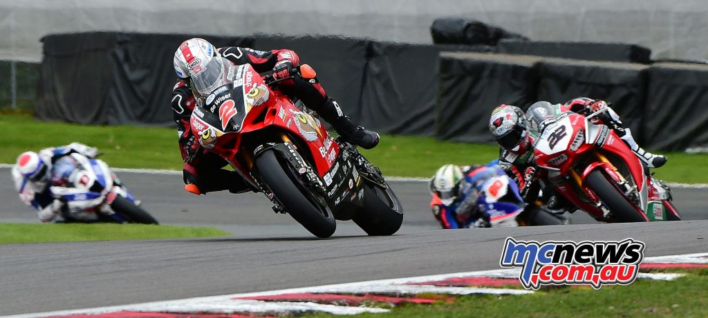 Glenn Irwin being chased by Jason O'Halloran at Oulton Park