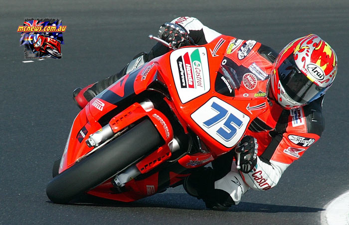 Josh Brookes on his way to World Supersport victory at Phillip Island in 2004