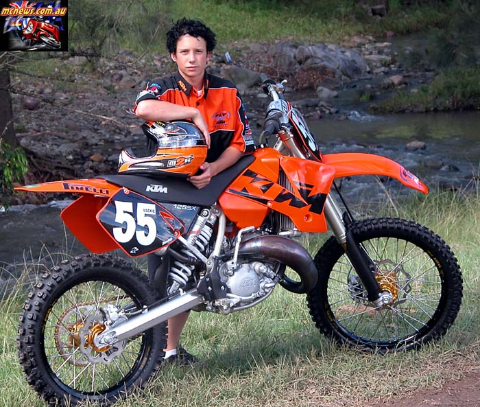 Cody Mackie mentioned about when he was a junior so we dug this up from the MCNews.com.au archives from back in 2003, when Mackie was a young tacker himself! He was on a two-stroke back then too!