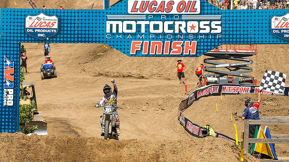 Osborne's Moto 1 win was a sign of things to come at Hangtown. (Photo: George Crosland)
