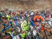 2017 Red Bull Hare Scramble start, with 500 riders taking part - Image by Philip Platzer