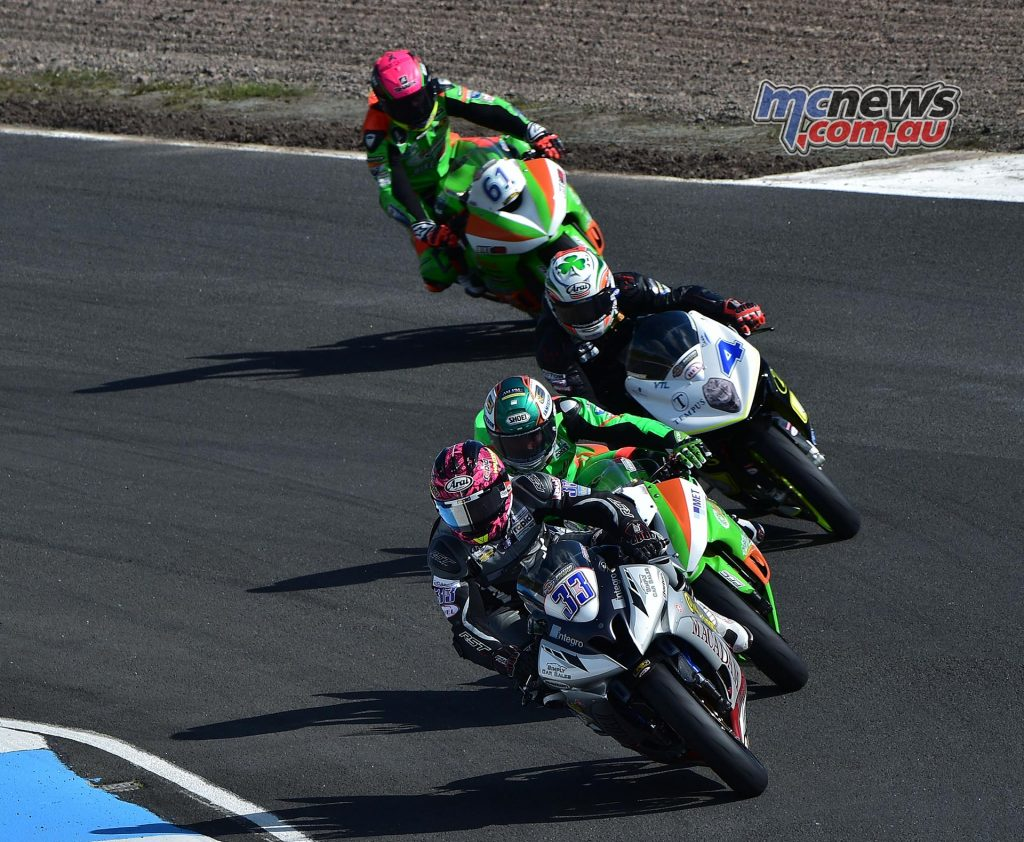 Keith Farmer leads the pack at Knockhill - Image by Jon Jessop